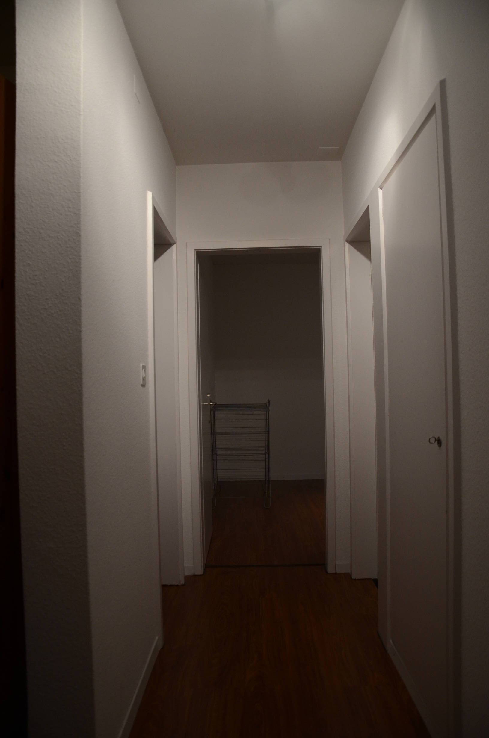 12 - Dynamic element: hallway without a red box
